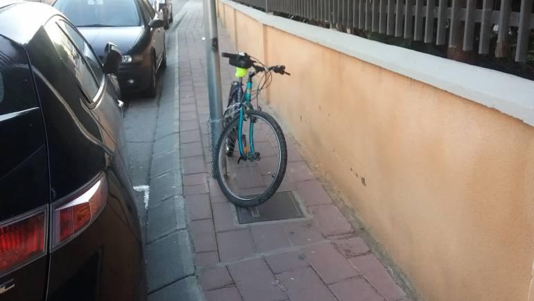 BICICLETA RETIRADA AL DEPÓSITO