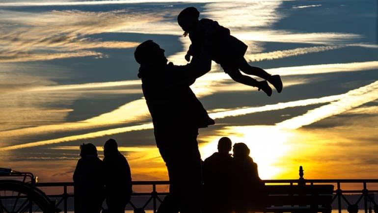 Conferencia CHAO PAÑALES – Proyecto Espacio Familias