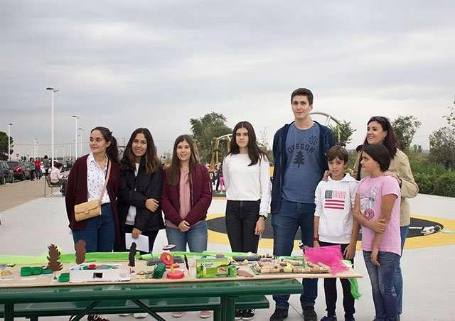 Los jóvenes de La Puebla estrenan un parque diseñado por y para ellos