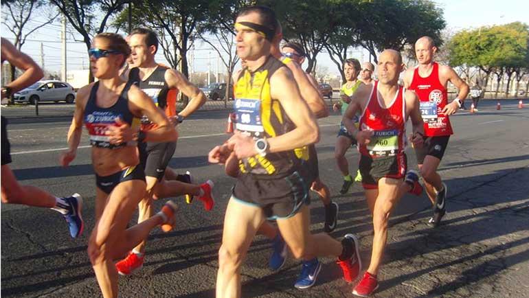 Héctor Franco sella su mejor marca personal en el Zurich Maratón de Sevilla