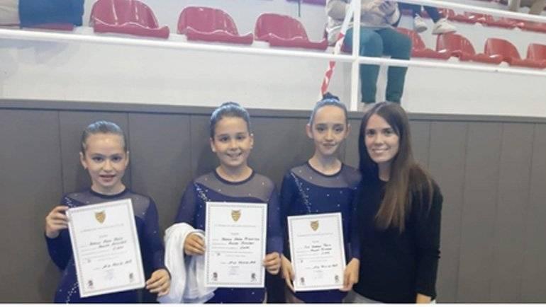 5 patinadoras del Club Roller Alfindén aprueban el Test de Nivel de Magallón