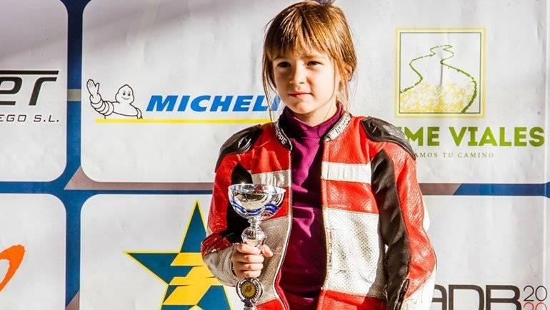 Yaiza: la joven promesa alfindeña de minimotos