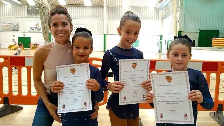 6 patinadoras del Club Roller Alfindén aprueban el último test de la temporada en Cadrete
