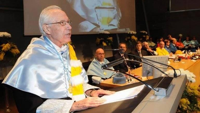 El antropólogo alfindeño Carmelo Lisón será nombrado Patrono de Honor de la Asociación de Patronos de la Romería de Santa Marta de Ribaterme