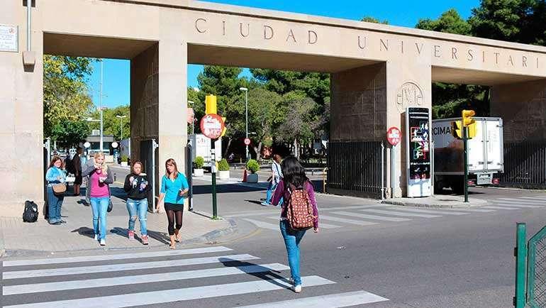 El Gobierno de Aragón convoca las becas de movilidad para estudiantes universitarios