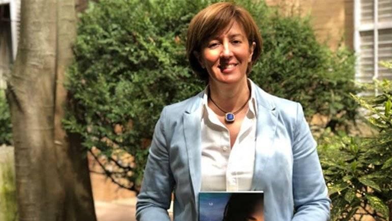 Leonor Lalanne presenta en La Puebla su segunda novela 'Si tuvieras que elegir'