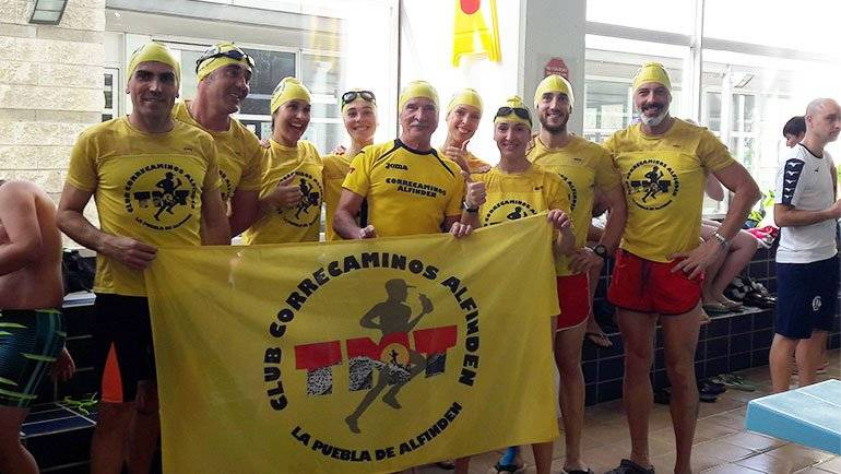 El Club Correcaminos Alfindén participó en las 'Brazadas Solidarias' de Aspanoa