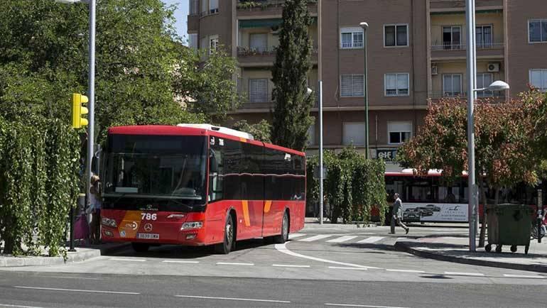La Puebla tendrá autobuses cada 30 minutos en las horas punta