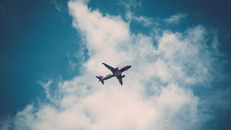 Restricción temporal de viajes no imprescindibles desde terceros países a la Unión Europea