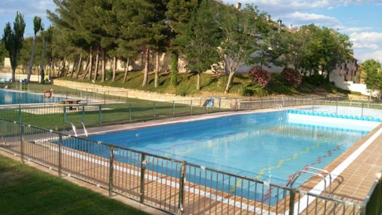 La apertura de las piscinas municipales se retrasa hasta julio