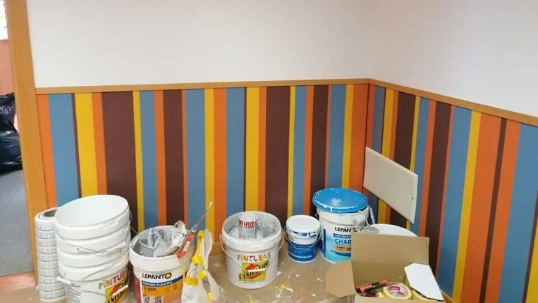 Realización de trabajos de pintado y limpieza del CEIP Reino de Aragón