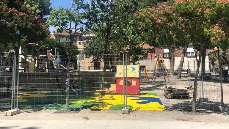 El Ayuntamiento de La Puebla reabre los parques infantiles