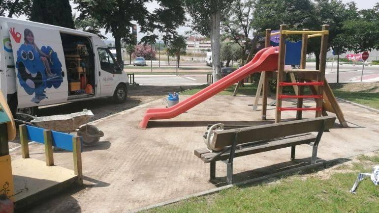 Cambio de suelo en 4 parques infantiles